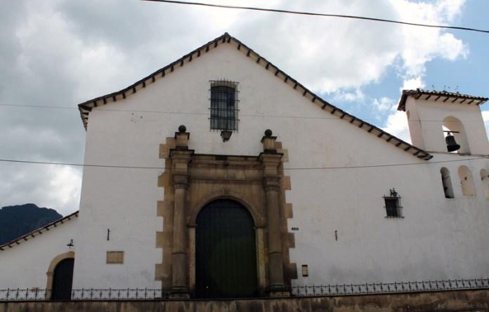 Bogotáchurches, Iglesia Santa Barbara