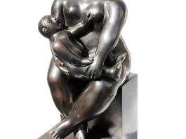 """""""Maternity"""" by Fernando Botero was stolen from the Bartoux gallery."""