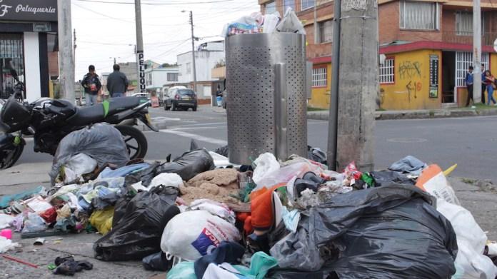 trash, rubbish, waste, Bogotá