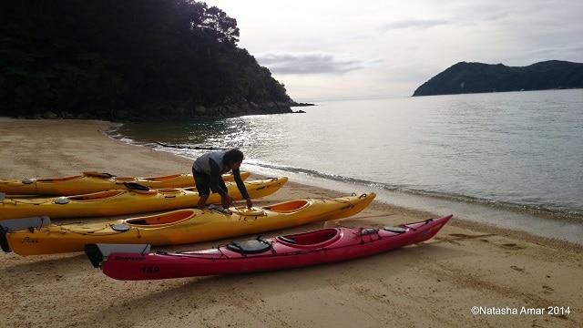 Richard setting up the kayaks- Abel Tasman Kayak and Walk