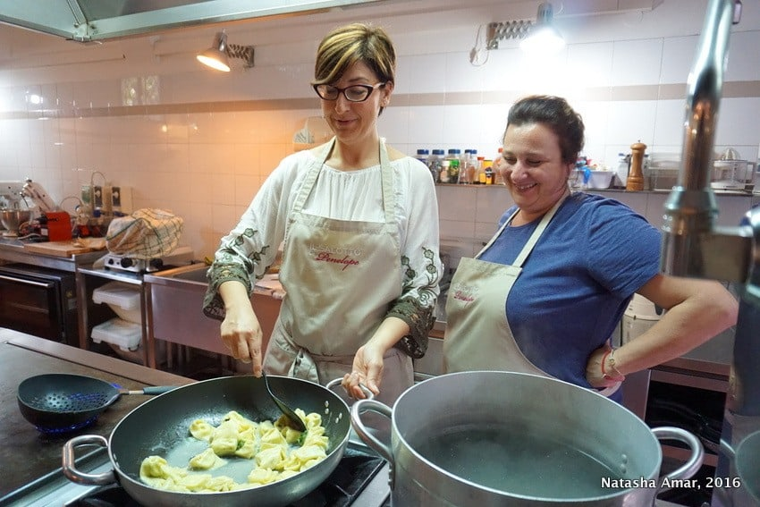 learning how to cook pasta in Bologna Italy