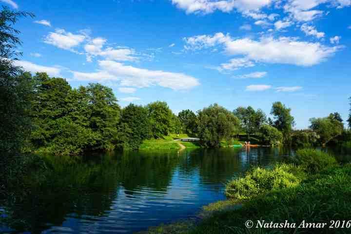 BIG BERRY Slovenia Glamping By River Kolpa