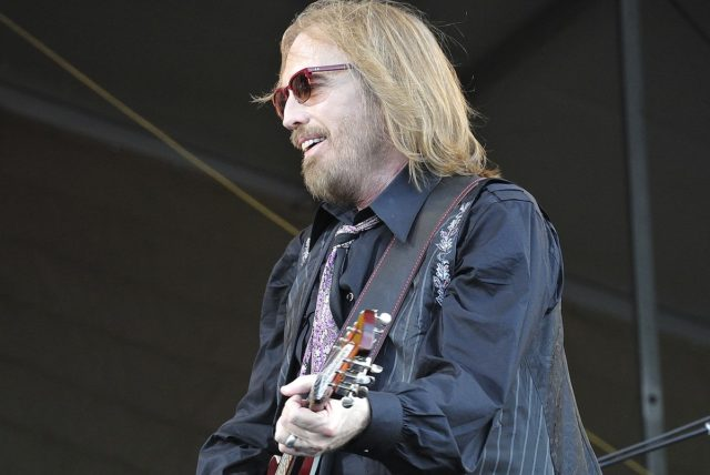 By Takahiro Kyono from Tokyo, Japan (Tom Petty) [CC BY 2.0 (http://creativecommons.org/licenses/by/2.0)], via Wikimedia Commons