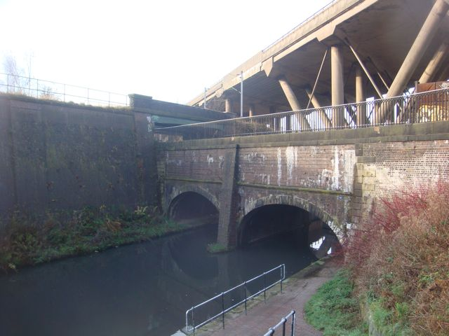 Motorway, railway line and 2 * canals all cross each other