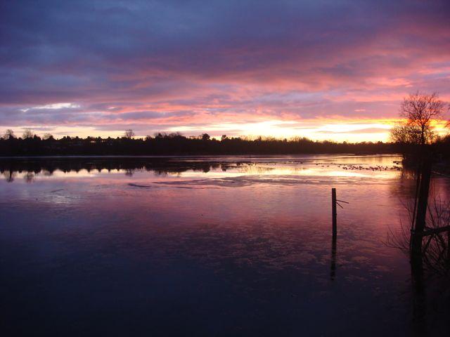 Sunset over Earlswood Reservoir