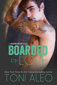 {Review} Boarded by Love (Bellevue Bullies #1) by Toni Aleo