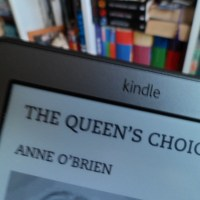 New Read: The Queen's Choice