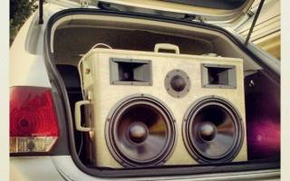 Epic BoomCase in VW Jetta Wagon Trunk