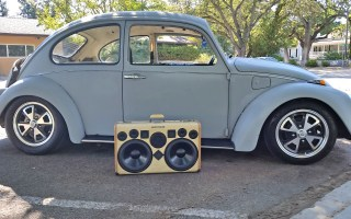 VW Bug BoomCase BoomBox Vintage Suitcase Stereo Speaker System California 69 Beetle Volkswagen