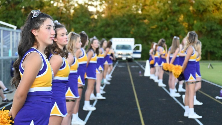 Cheer team learns new routine virtually