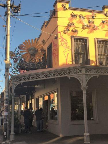 flower shop on brunswick street fitzroy