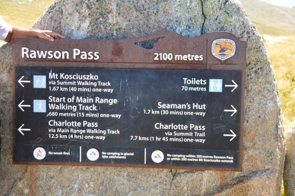 signs for different paths to take up Mt Kosciuszko