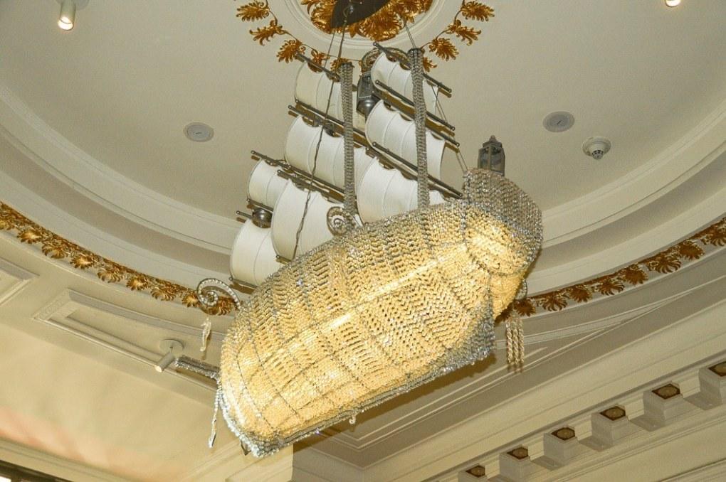 the ship chandelier in the kimpton hotel monaco in philadelphia