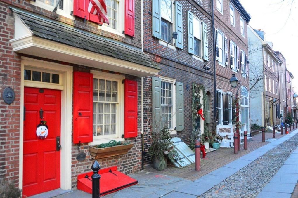 elfreth alley in philadelphia