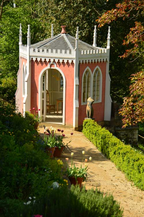 england_cotswolds_painswick-rococo-gardens-buildin