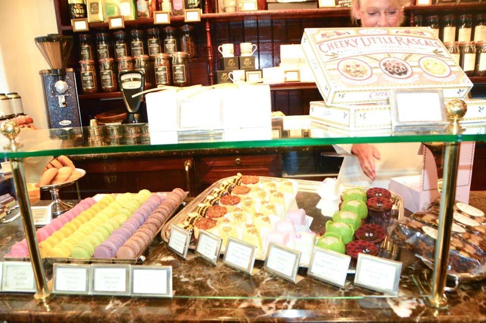 england_york_bettys-cakes