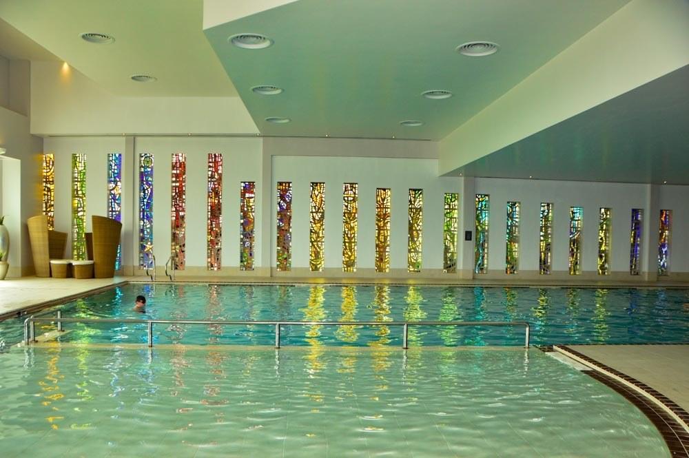 england_yorkshire_rockliffe-hall-main-pool-2