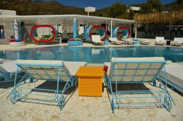 greece_ios_mylopotas-beach-free-beach-club-pool