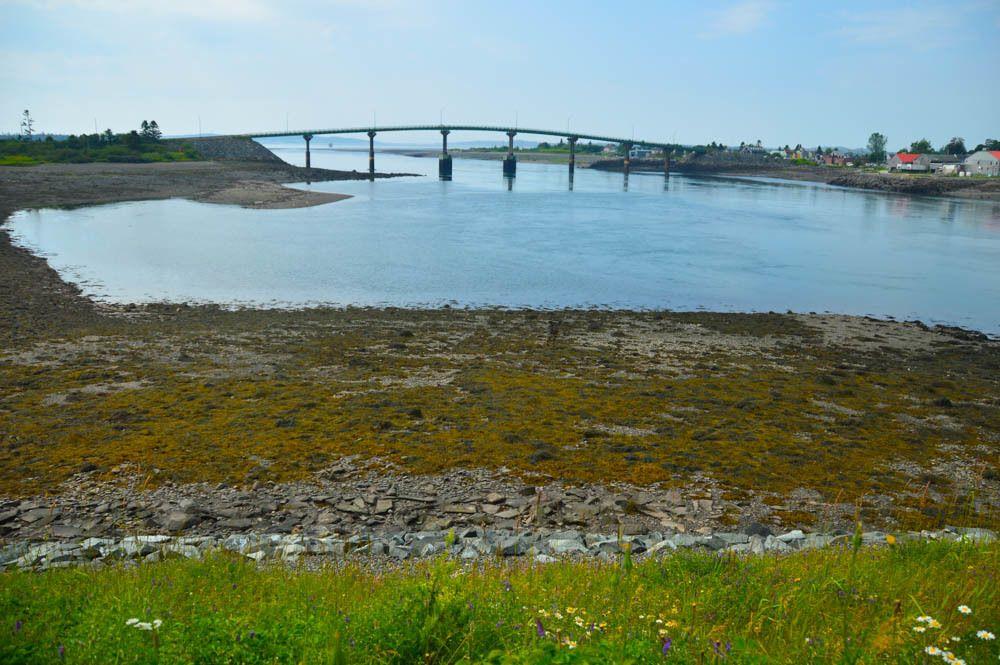 canada_new-brunswick_standrews-campobello-bridge-to-USA