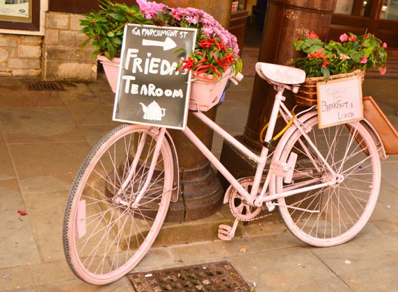 england_winchester_pink-bicycle