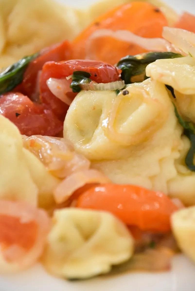 Italy_Forlimpopoli_casa-artusi-tortellini-tomato-yellow