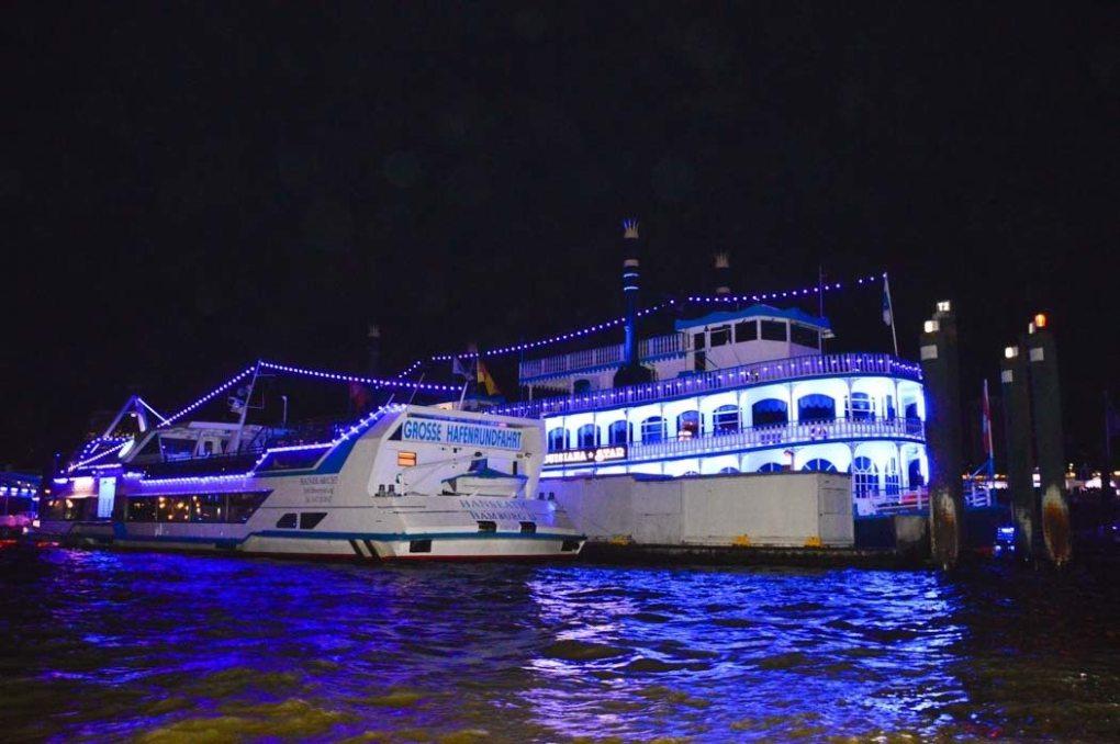 germany_hamburg_blue-port-cruise-ships