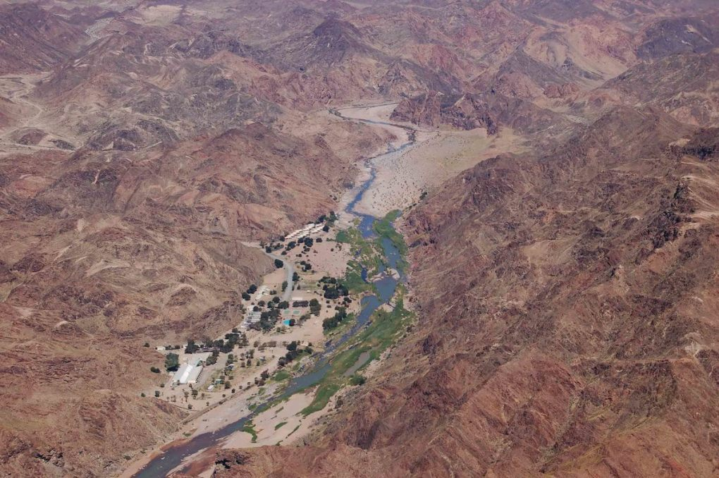 Namibia_fish-river-canyon-ai-ais-hot-springs-from-the-air