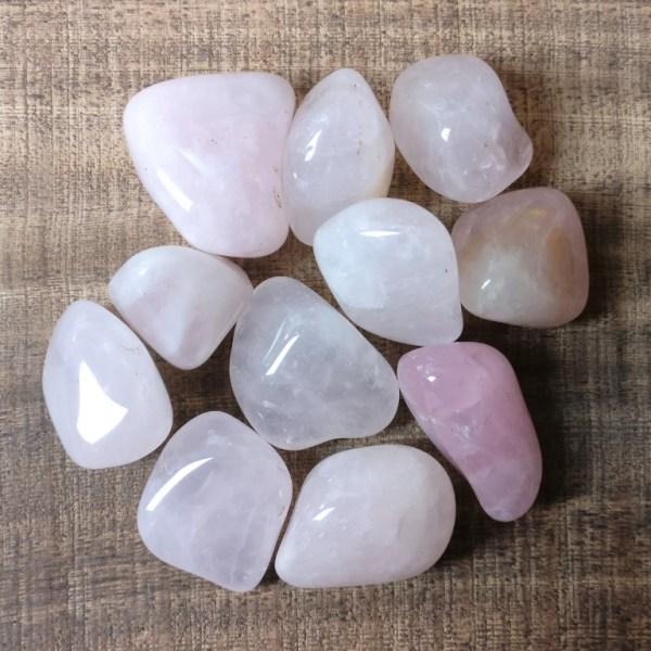 rose quartz tumblestone knuffelsteen