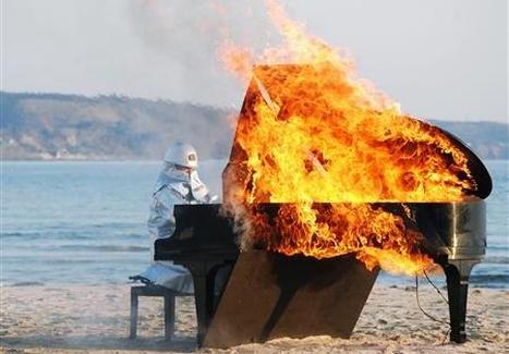 burning_piano