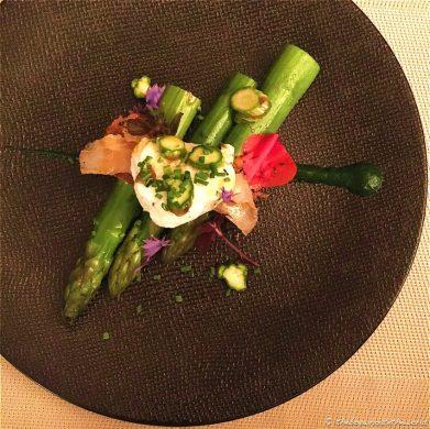 Asparagus, Lardo di Colonato, Egg & Crispbread