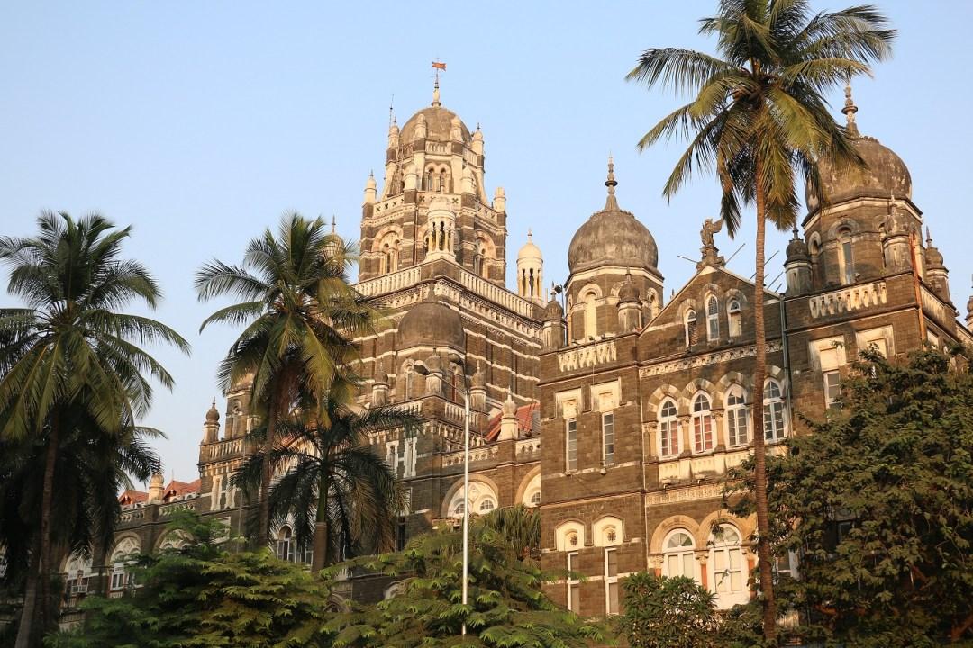 Mumbai_Churchgate_1