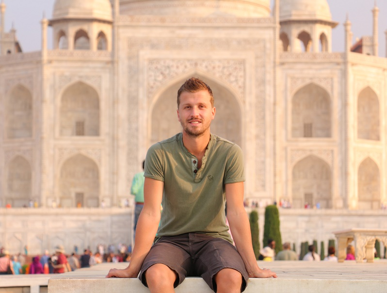 Agra_Taj_Mahal_10_thebraidedgirl