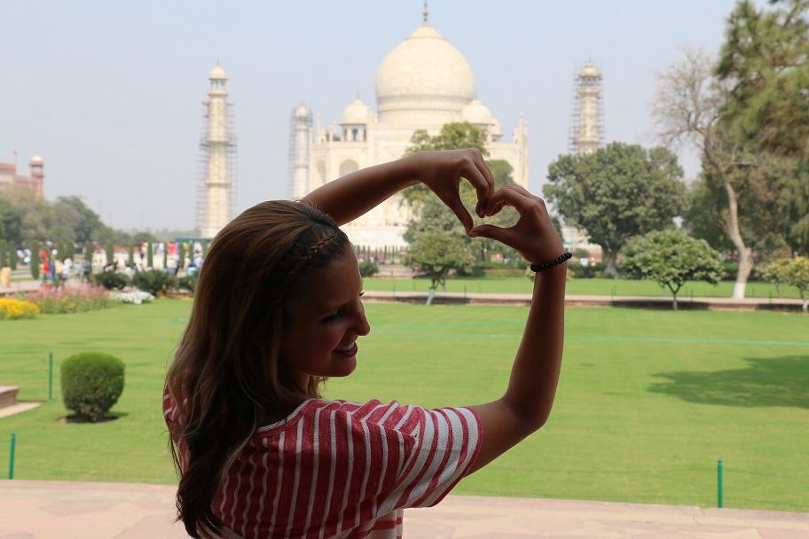 Agra_Taj_Mahal_9_thebraidedgirl