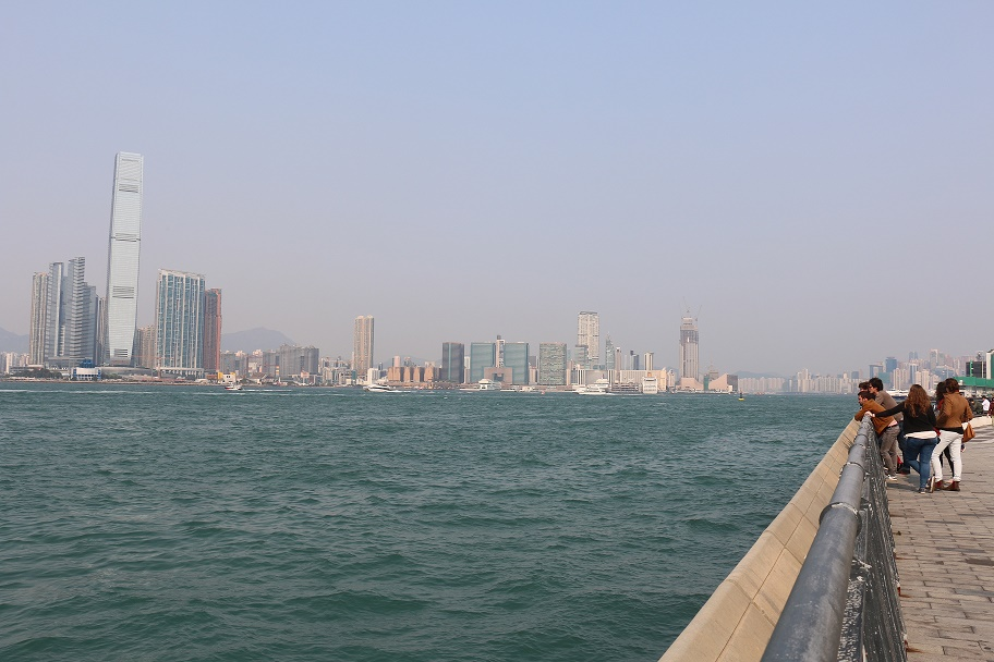 Hong_Kong_Central_Ferry_Piers_5_thebraidedgirl