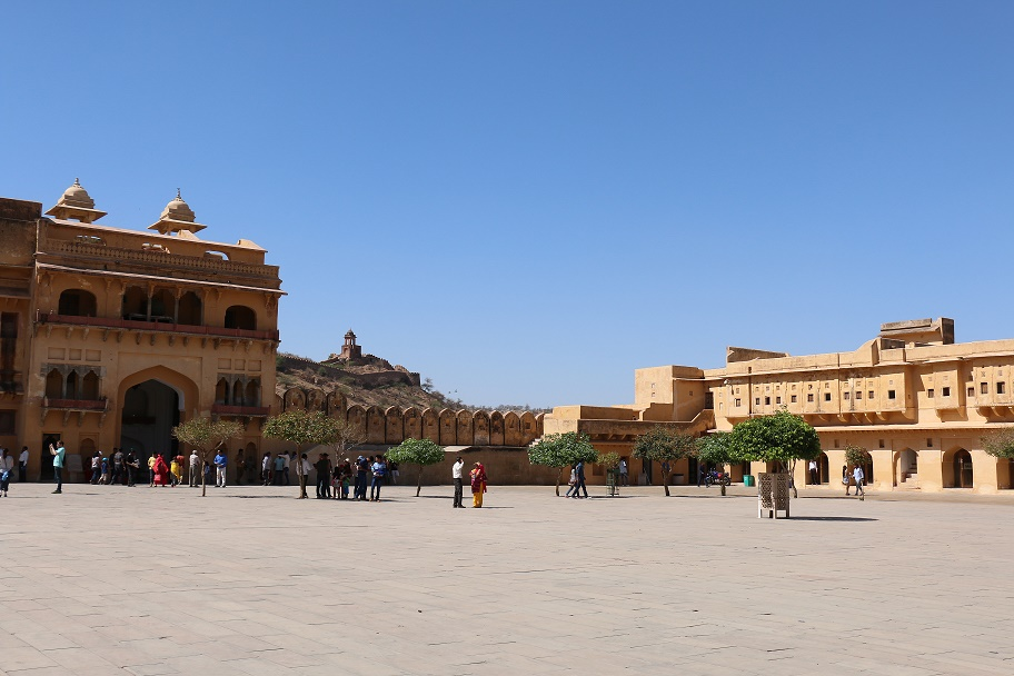 Jaipur_Amber_Fort_17_thebraidedgirl