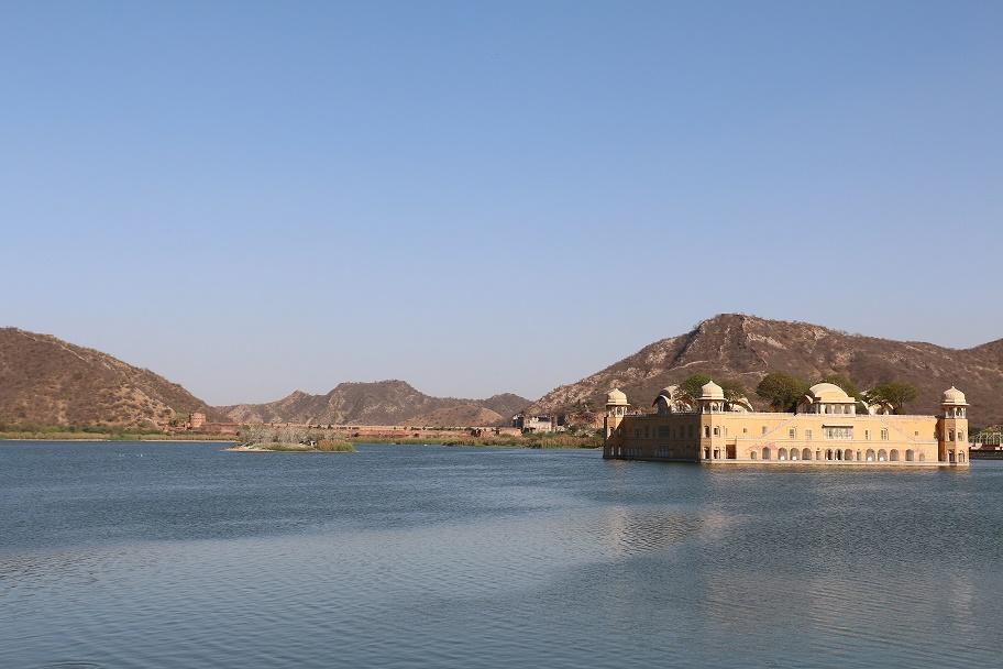 Jaipur_Jal_Mahal_thebraidedgirl
