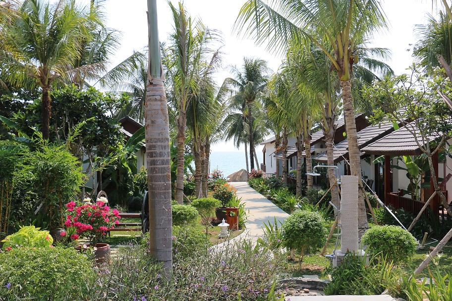 Phu_Quoc_Tropicana_Resort_11_thebraidedgirl