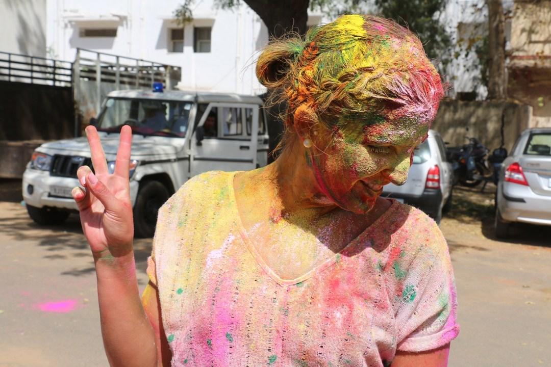 Jaipur_Holi_Festival_thebraidedgirl