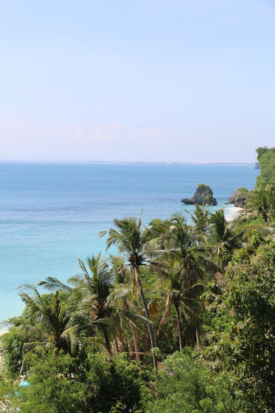 Padang_Padang_Beach_thebraidedgirl