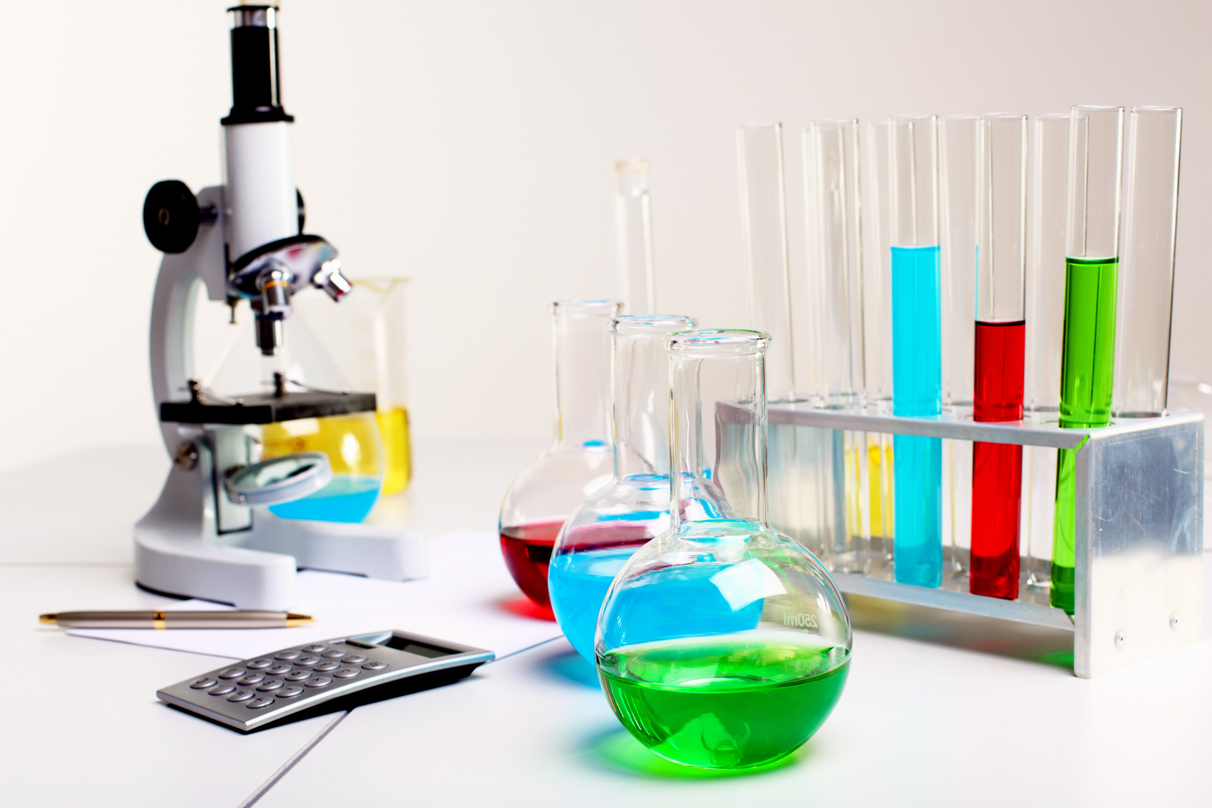 Chemistry Lab Equipments For Research Laboratories By Hover Labs
