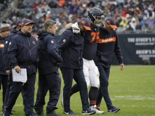 Kyle Long injury.jpg
