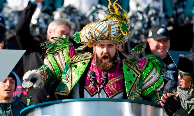 Jason Kelce Shits On The Cowboys, The Cowboys Fans, And The Cowboys Organization