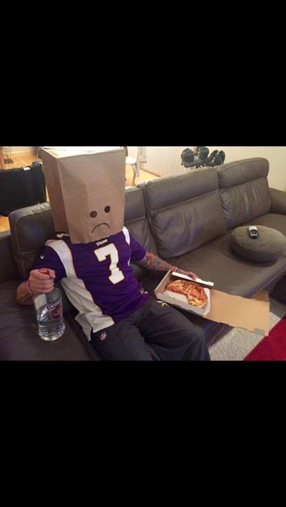 Minnesota Vikings Got Got By The Eagles Two Years In A Row Lol