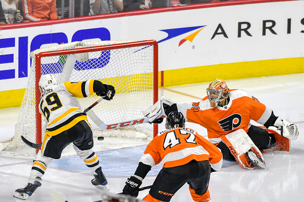 NHL: APR 22 Stanley Cup Playoffs First Round Game 6 - Penguins at Flyers