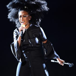 LAS VEGAS, NV - NOVEMBER 06: Singer Brandy performs onstage during the 2016 Soul Train Music Awards on November 6, 2016 in Las Vegas, Nevada. (Photo by Kevin Winter/BET/Getty Images for BET)