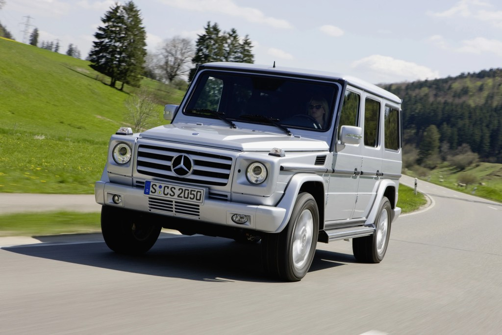 Mercedes-Benz G500 - Best Used Luxury SUVs