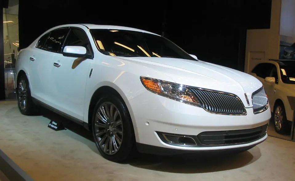 Lincoln MKS - Used Luxury Cars to Avoid