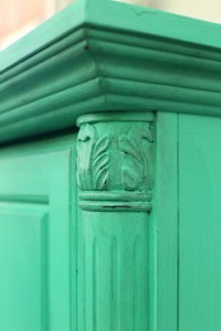 The Seven-Year Itch: From blah dresser to snazzy green chalk-painted showstopper
