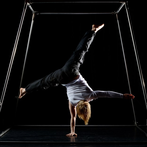 Tjorm doing his acrobatic stuff! Photo credit: Robert Pater.