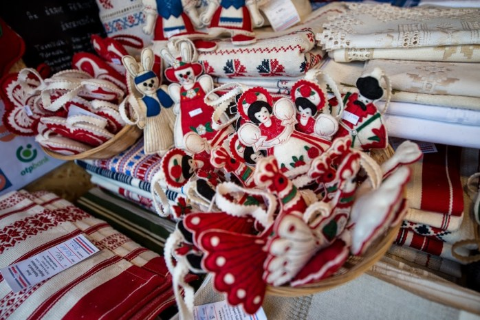 The culture and traditions of Budapest. In felt dolls!
